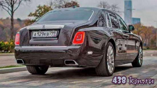 Rolls-Royce Phantom VIII тест -драйв